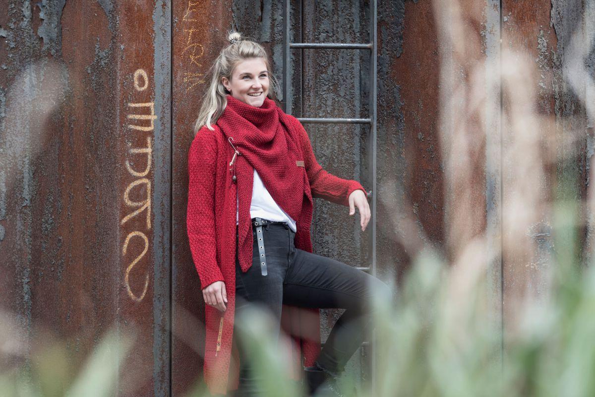 knit factory 1205803 coco omslagdoek deluxe bordeaux 2