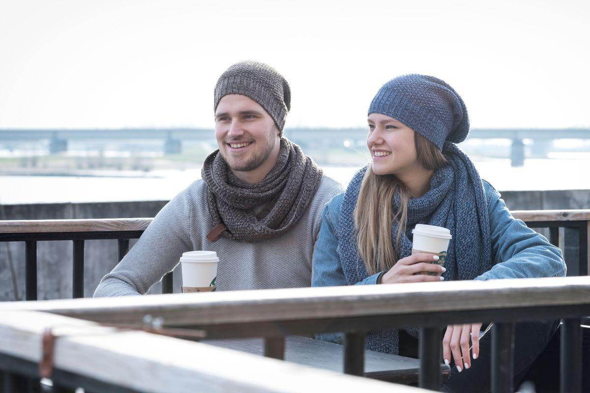 knit factory 1206054 coco omslagdoek jeans indigo 4