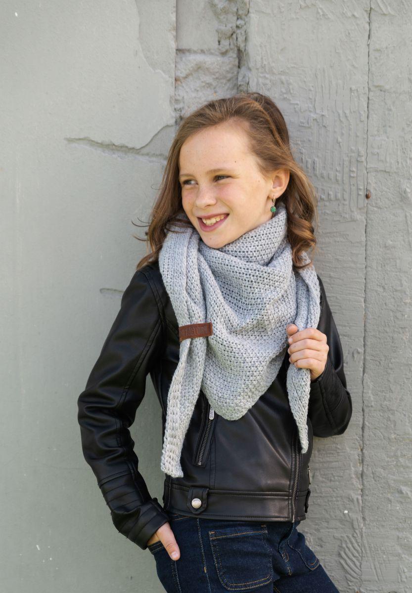 knit factory 1205911 coco omslagdoek junior grijs 2