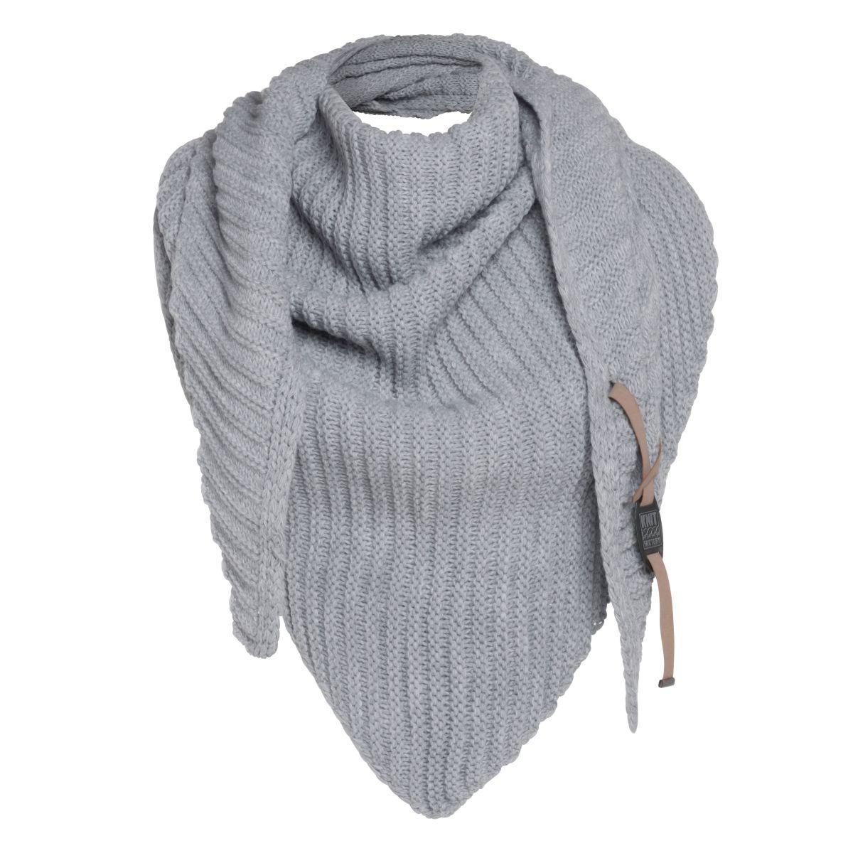 knit factory kf14706001150 demy omslagdoek licht grijs 3