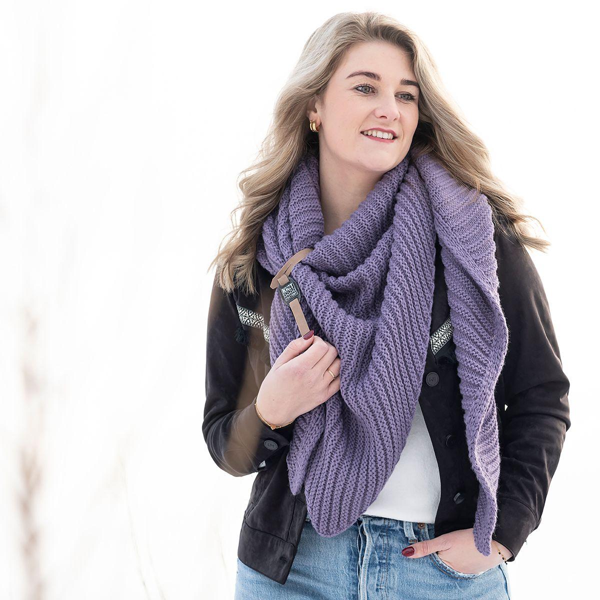 knit factory kf14706004350 demy omslagdoek violet 3