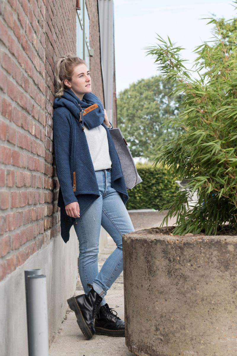 emy knitted cardigan jeans 4042