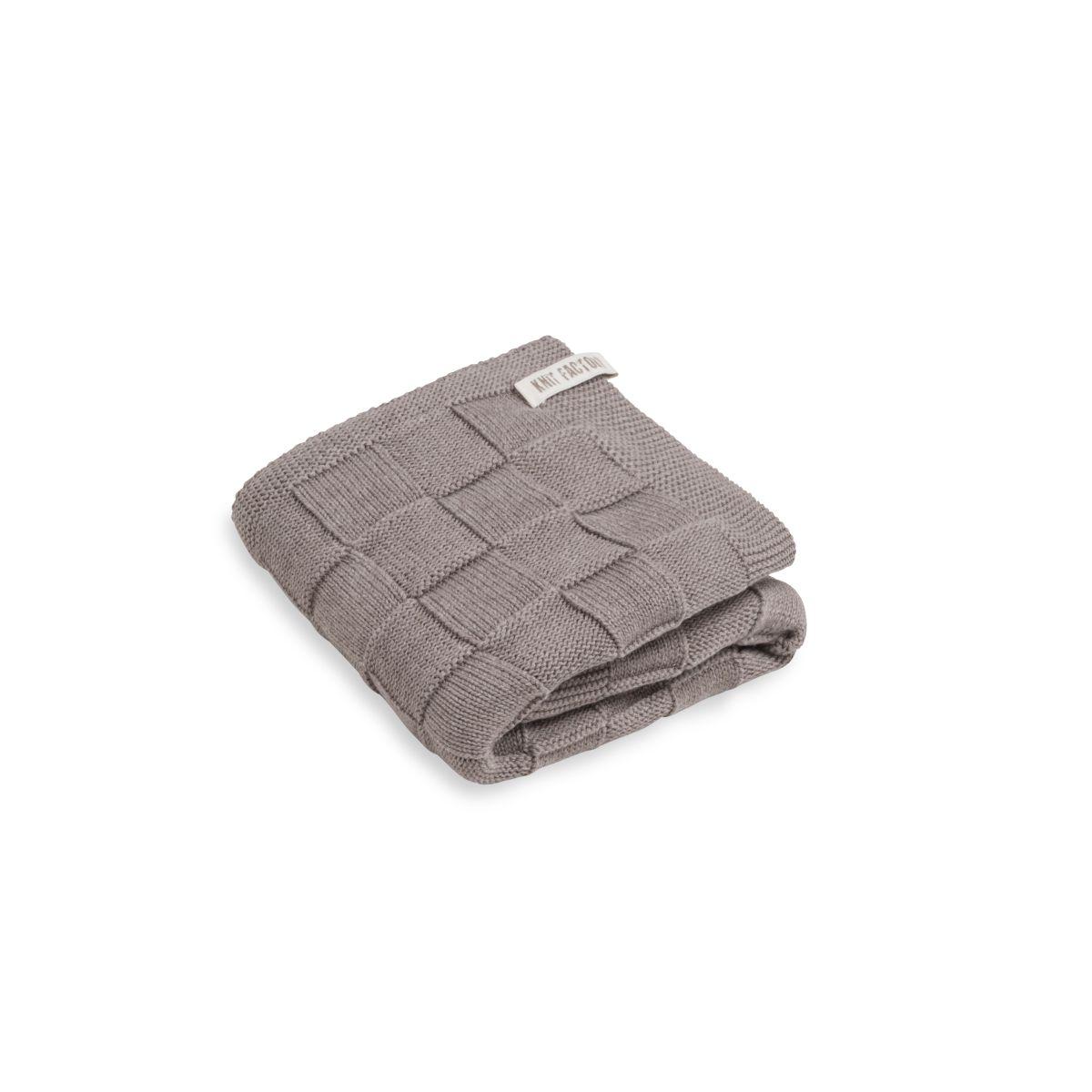 knit factory kf20222502949 handdoek ivy taupe 50x100 1