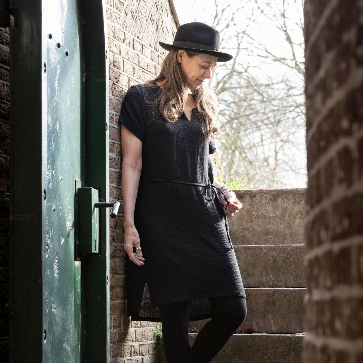 indy casual dress black l