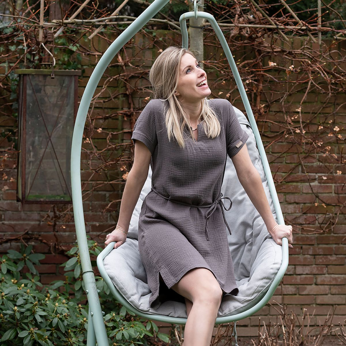 knit factory kf15012001050 indy jurk antraciet m 4