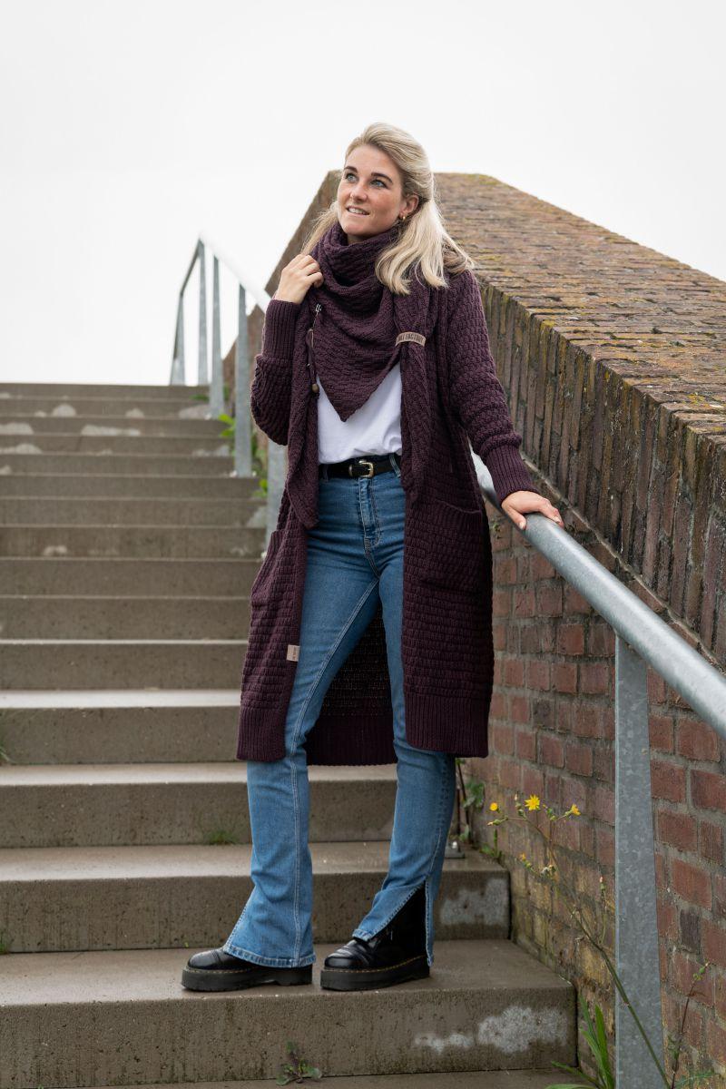 jaida triangle scarf light grey