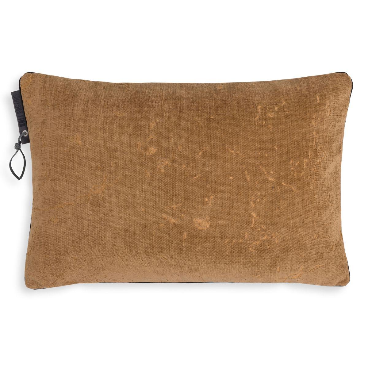 james cushion new camel 60x40