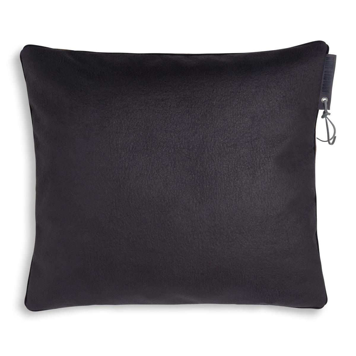 knit factory 1421230 james kussen 50x50 brique 2