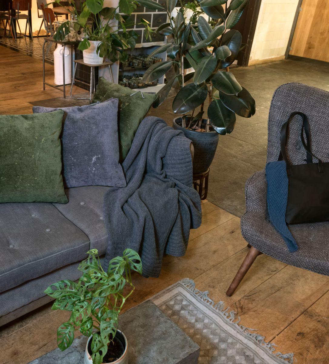knit factory 1421214 james kussen 50x50 groen 5