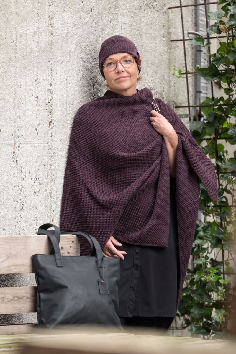 knit factory kf12307002350 jazz muts aubergine 2