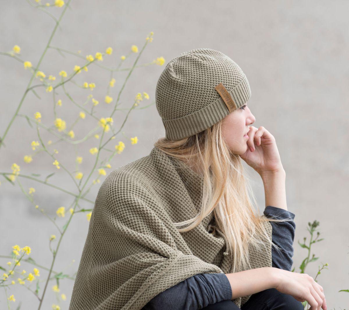 knit factory 1237033 jazz beanie olive 3