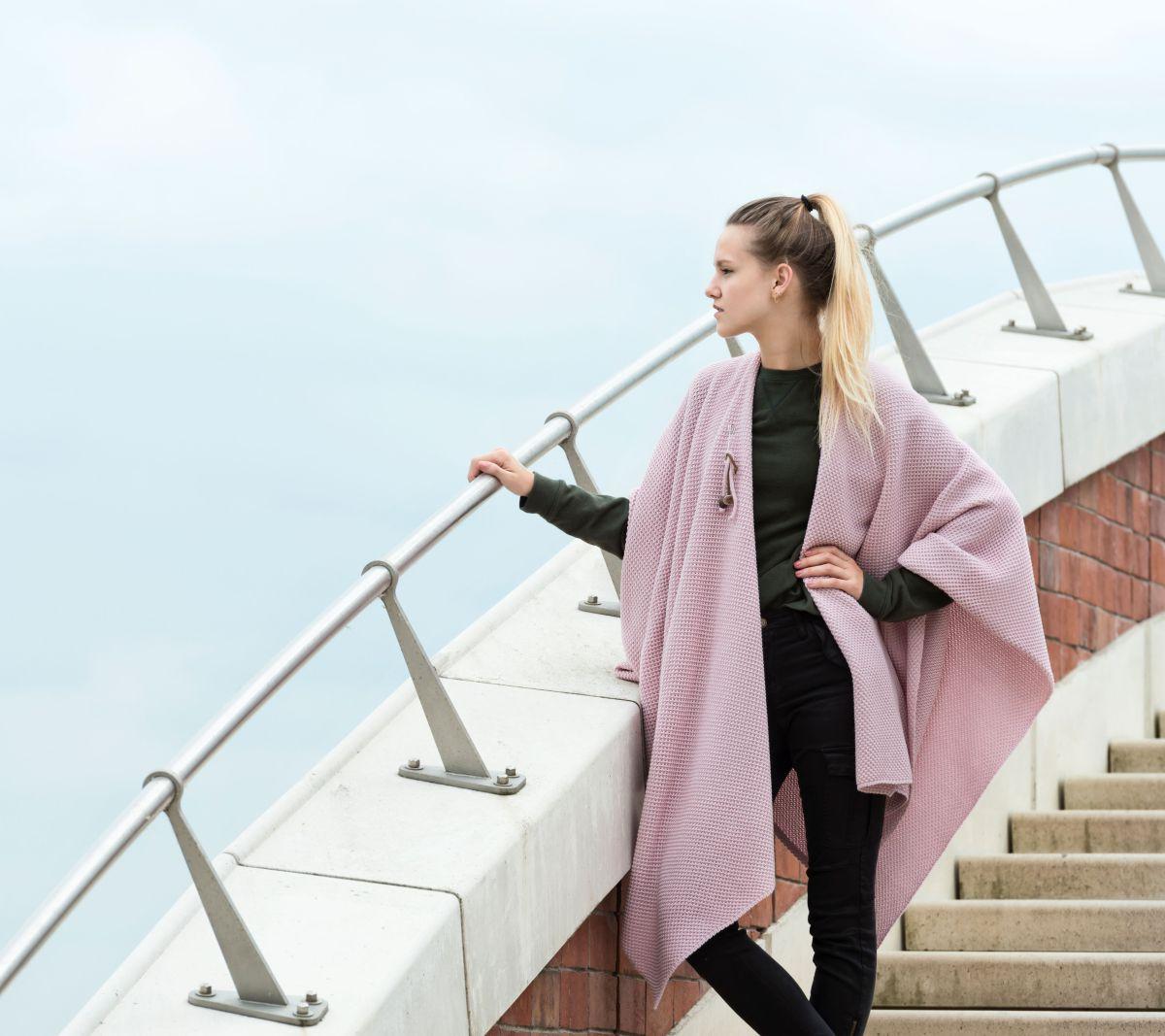 knit factory 1236121 jazz omslagvest roze 4