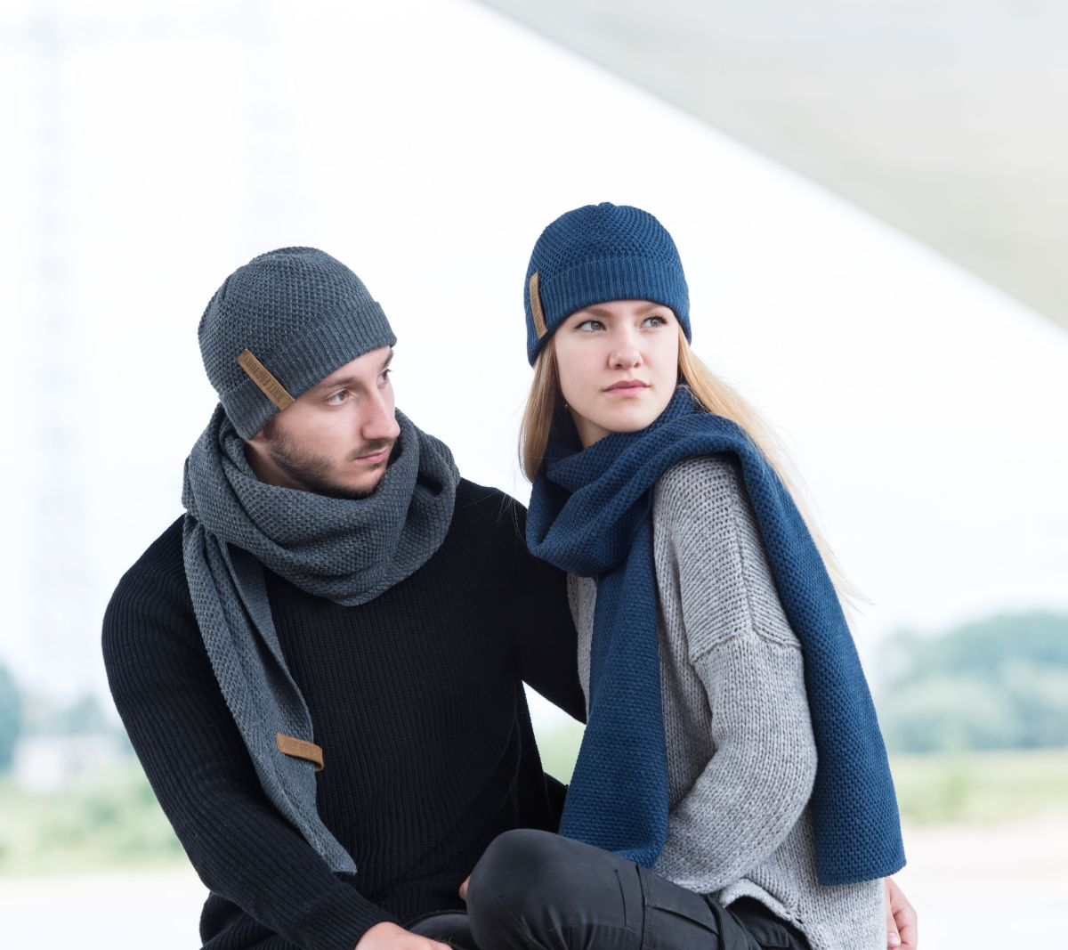 knit factory 1236510 jazz sjaal antraciet 3