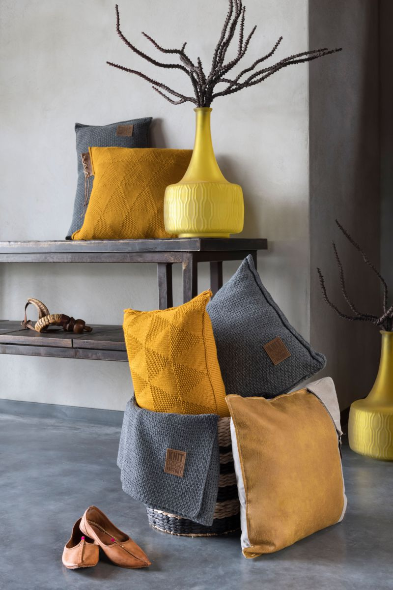 jesse cushion ochre 50x50