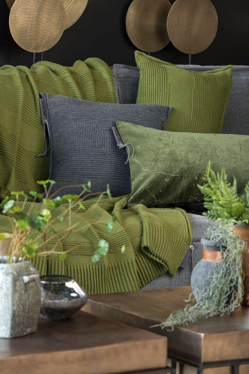 knit factory 1431315 joly kussen 60x40 mosgroen 3
