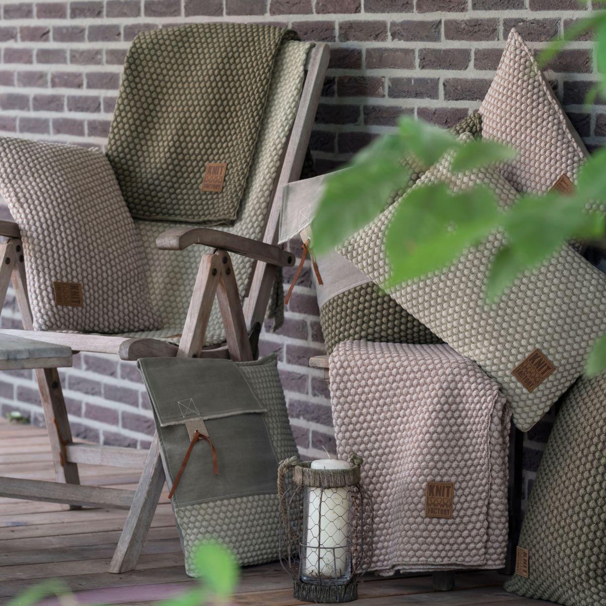 juul cushion greenolive 50x50