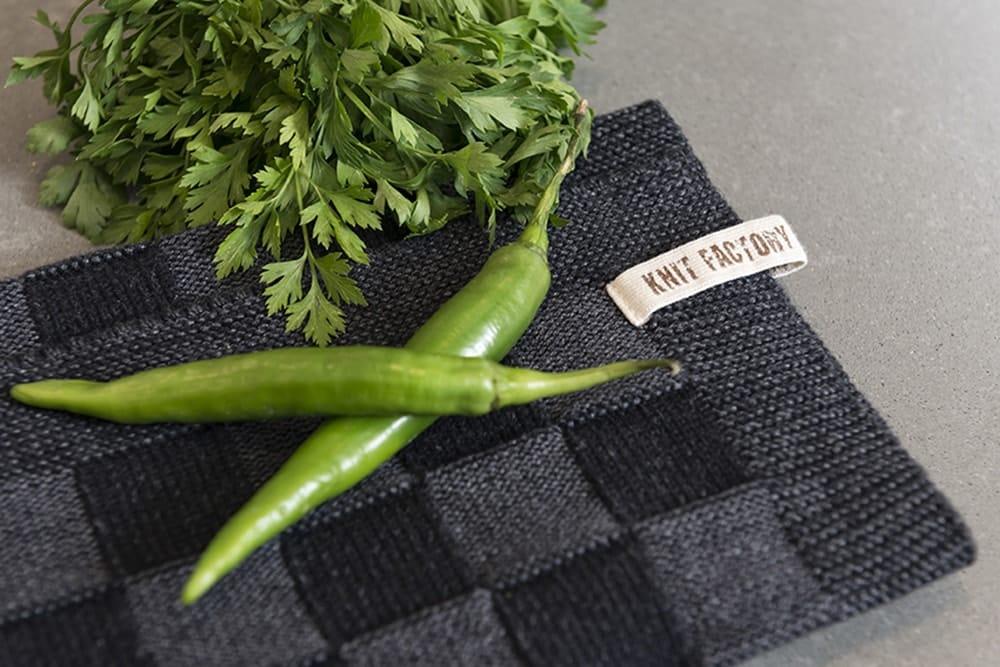 20100 knit factory keukendoek block zwart 12