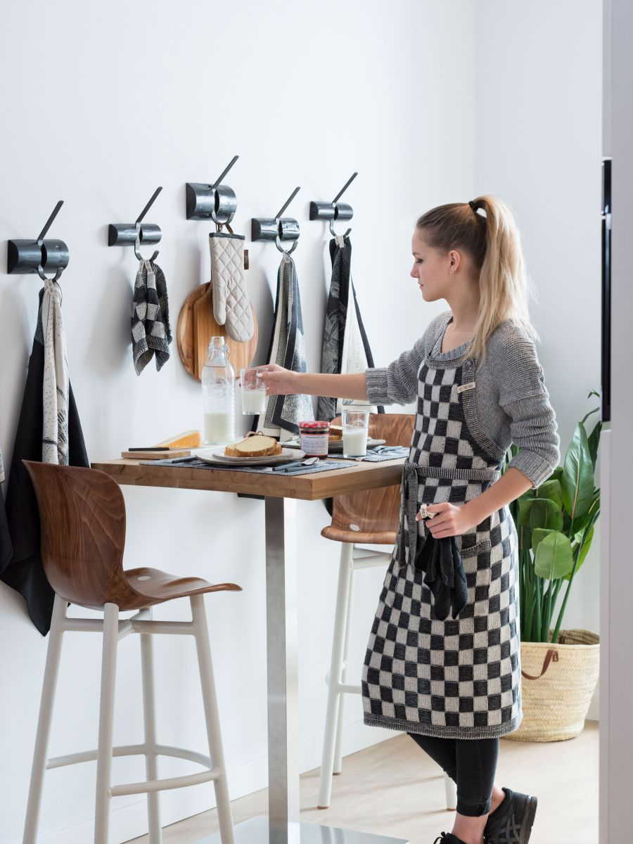 20104 knit factory keukenschort grote blok 2 kleuren ecru 5