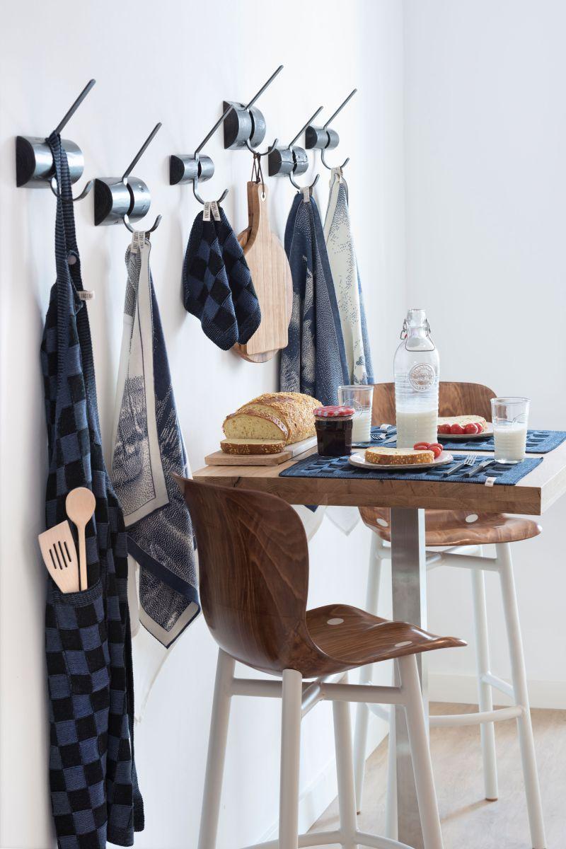20104 knit factory keukenschort grote blok 2 kleuren zwart 5