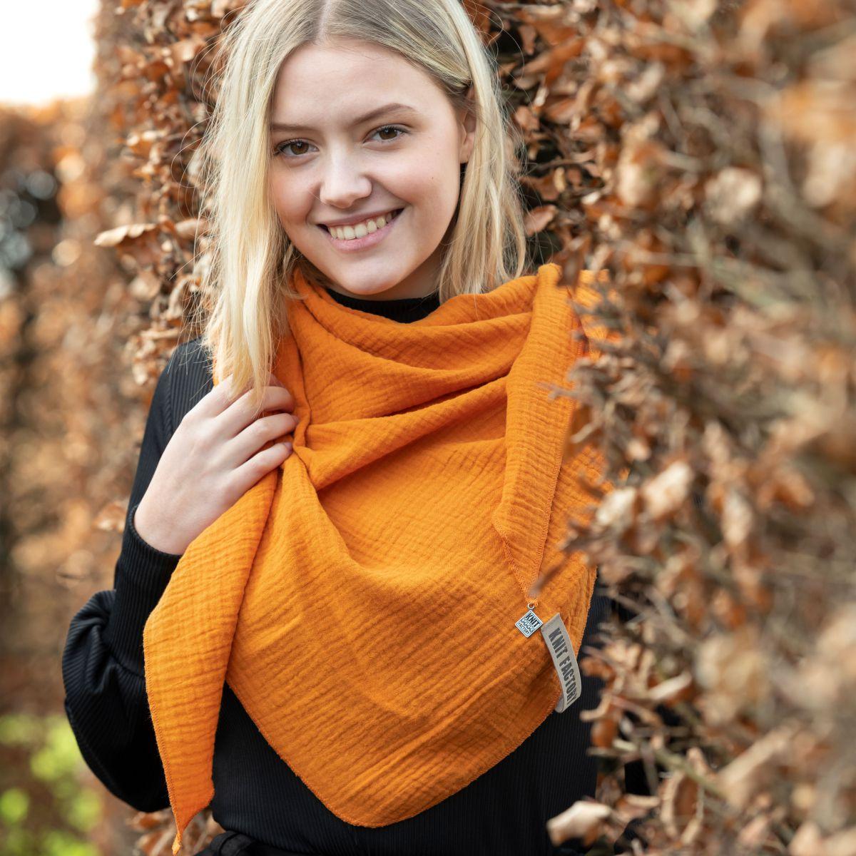 knit factory kf128060036 liv omslagdoek roest 2