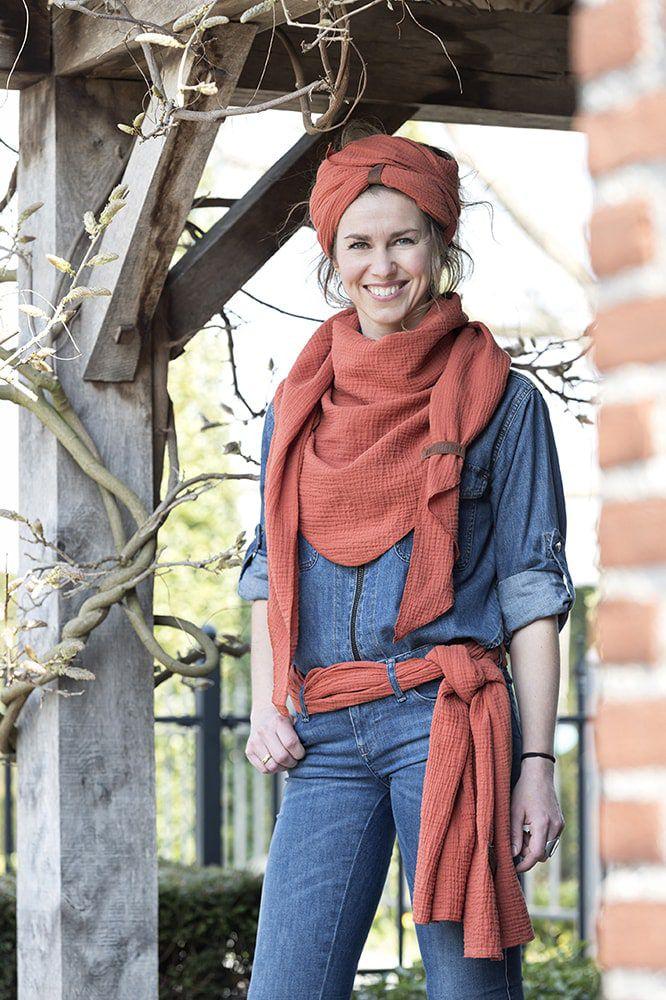 liv scarf green