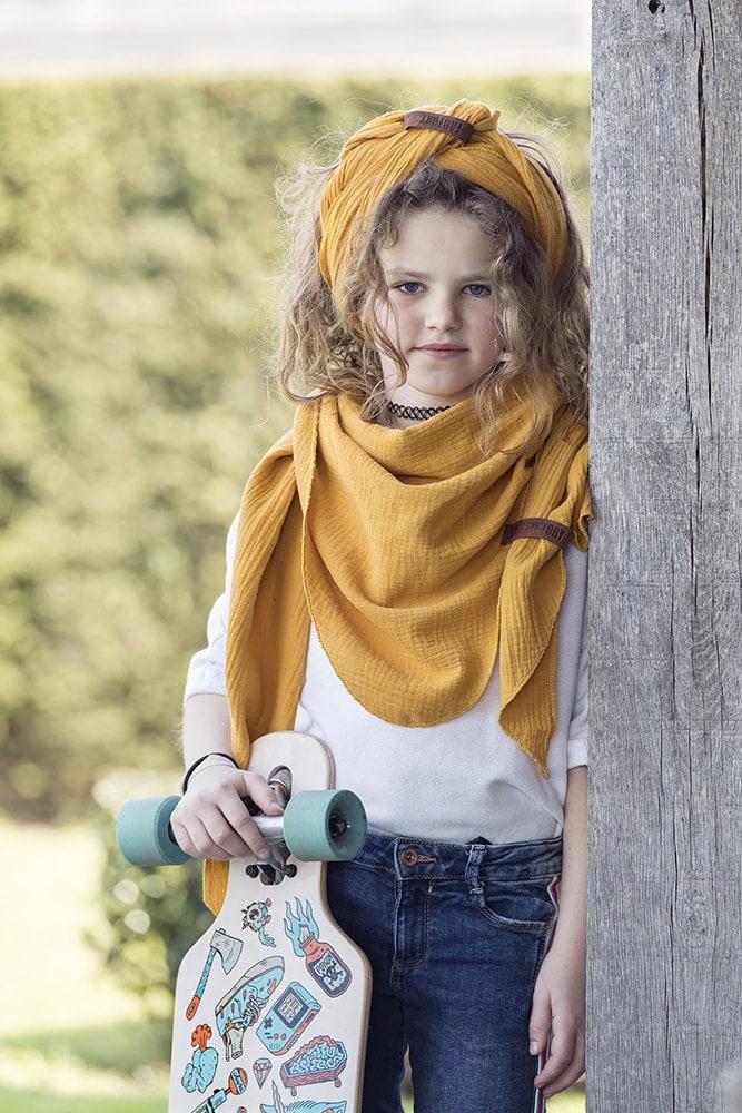 liv triangle scarf 190x85 green