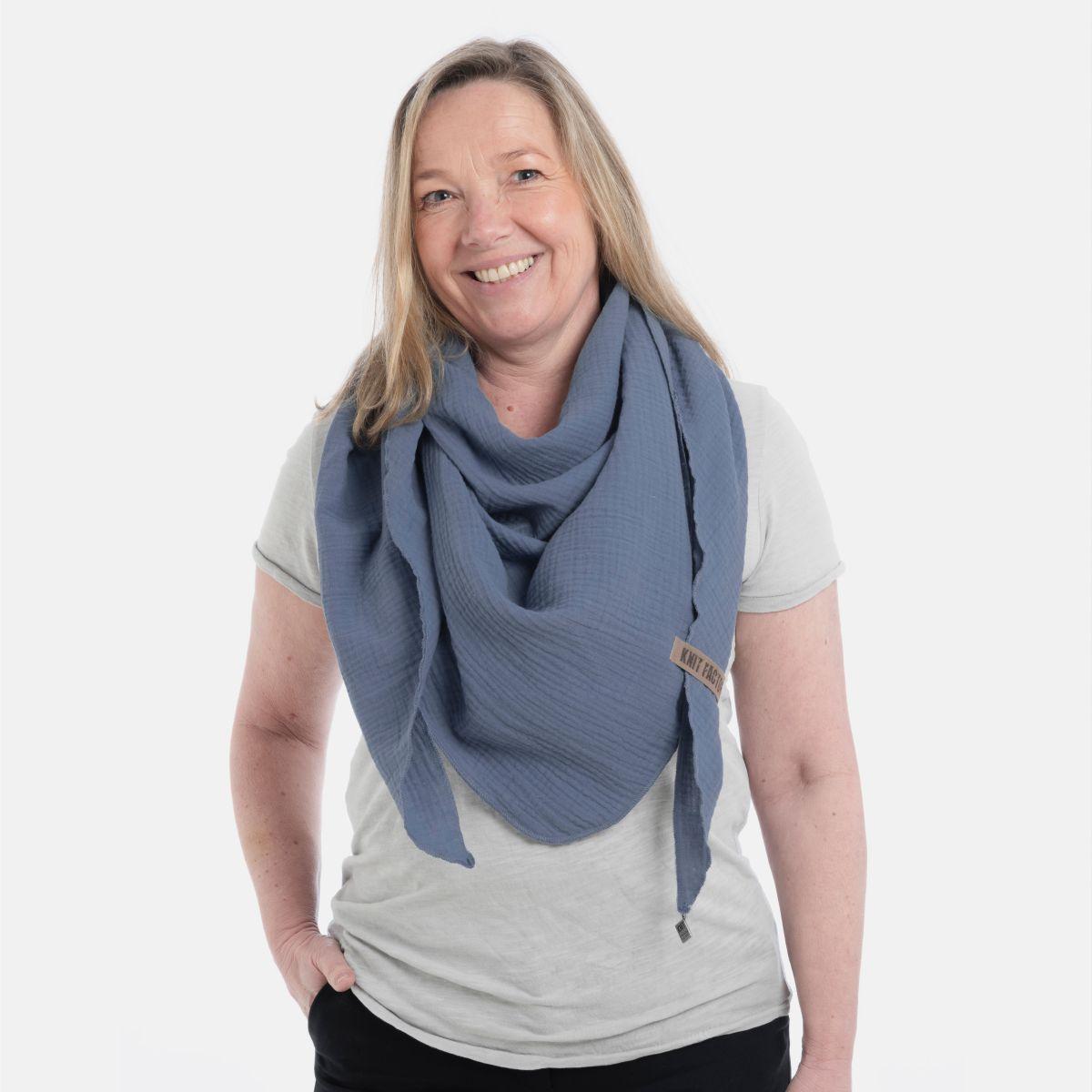 liv triangle scarf jeans