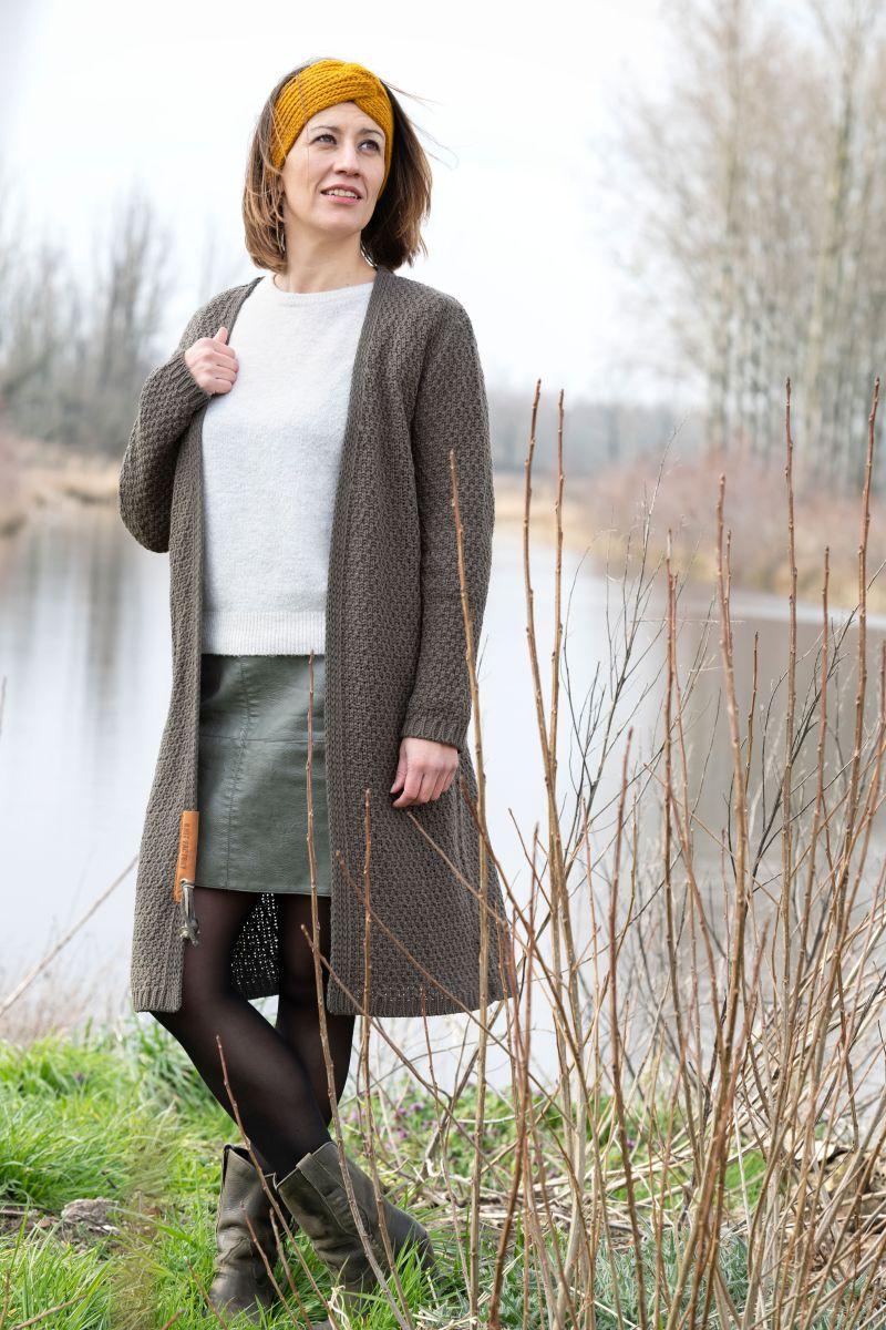 knit factory kf13308202949 luna vest taupe 3638 2