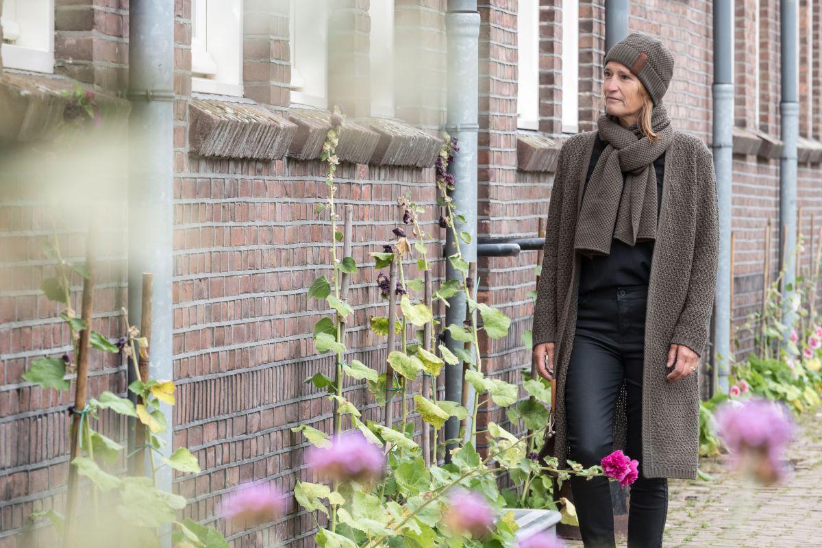 knit factory kf13308202949 luna vest taupe 3638 3