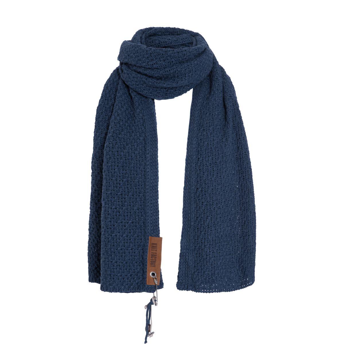 luna scarf jeans