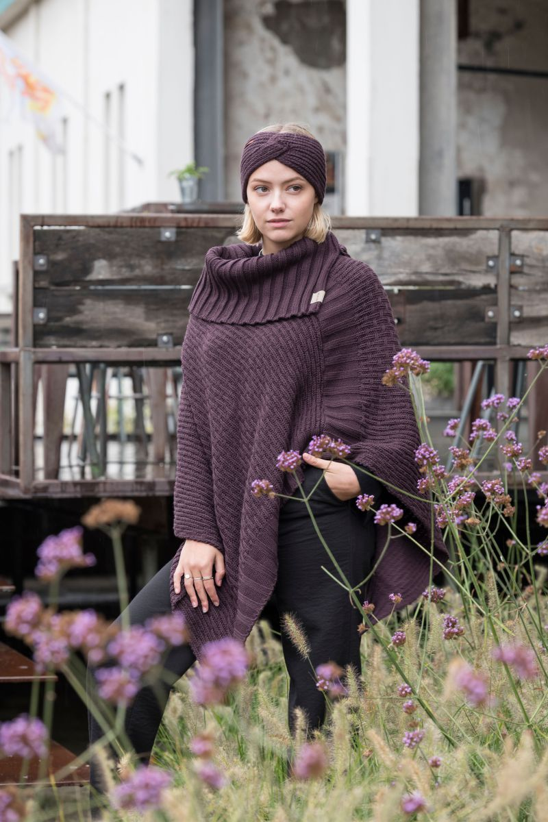 nicky knitted poncho aubergine