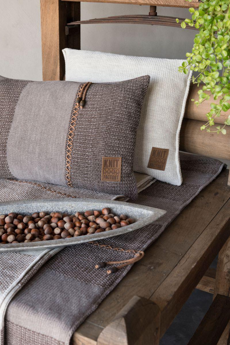 knit factory 1311348 roxx kussen 60x40 bruin taupe 6