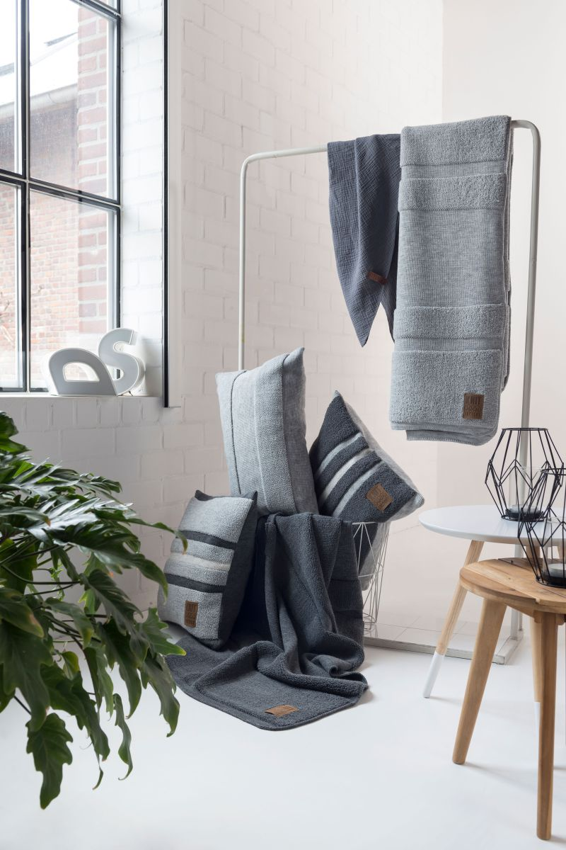 13511 knit factory yara plaid 1
