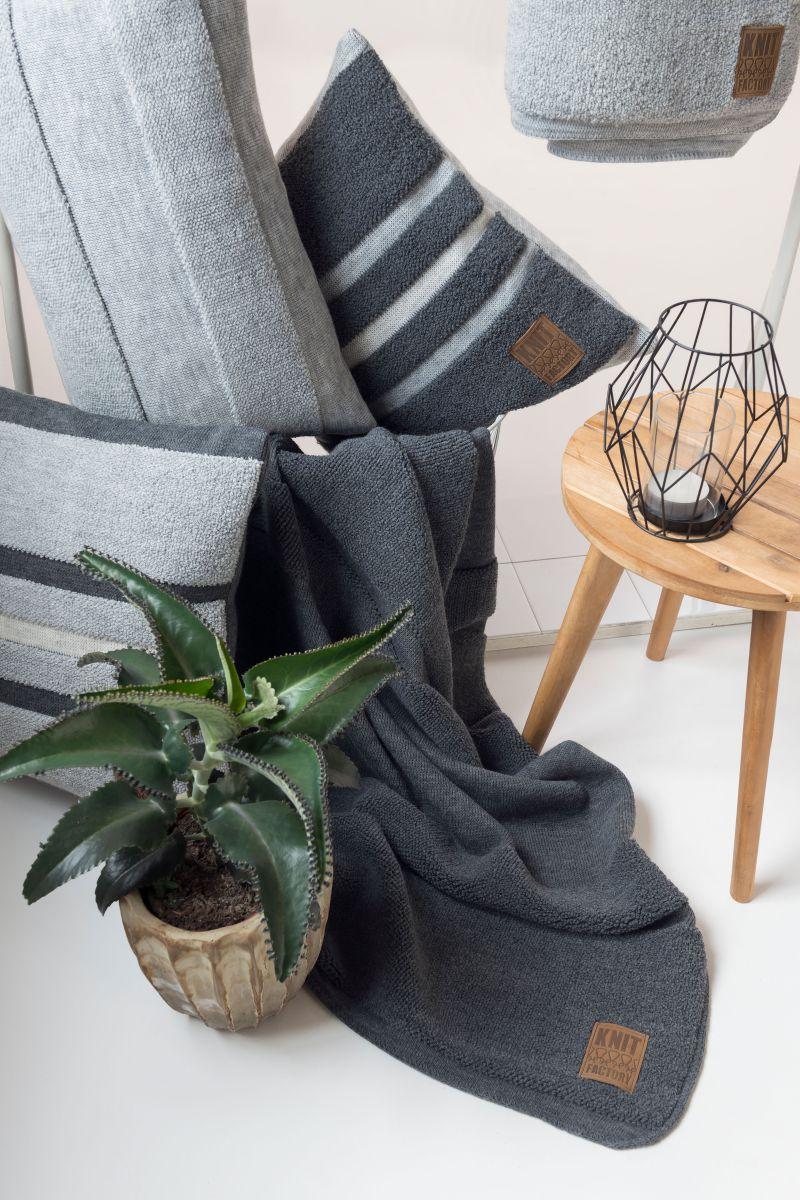 13511 knit factory yara plaid 2