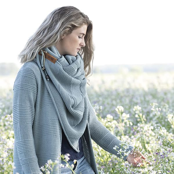 Knit Factory Sol cardigan and triangle scarf stonegreen